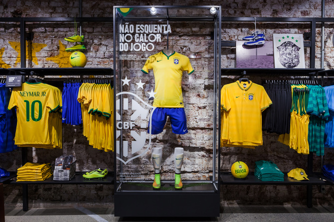 Copacabana Nike Football Store, Rio - David Brady